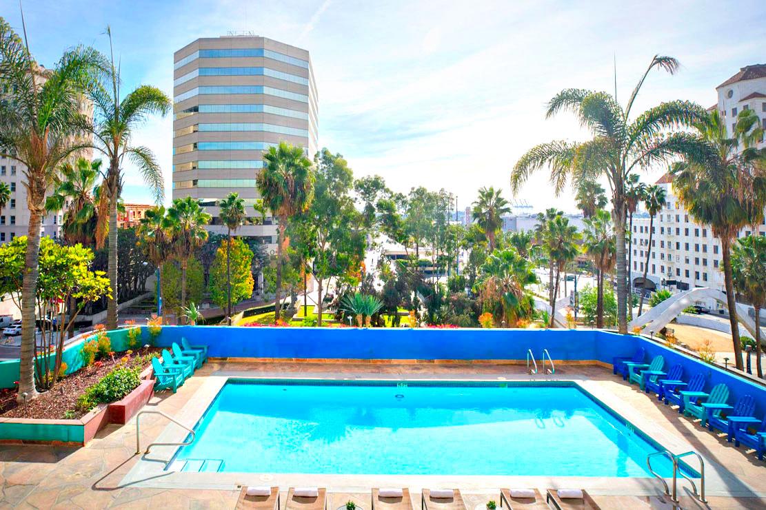 Hotel Day Passes In Long Beach Hotel Pool Passes Starting At 25 Resortpass